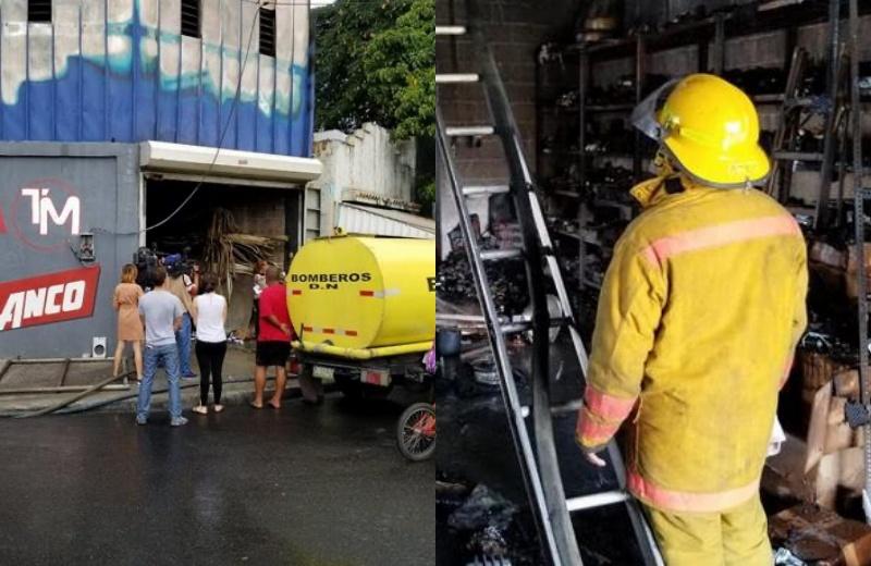Video: Fuego consume ferretería en Villa Consuelo