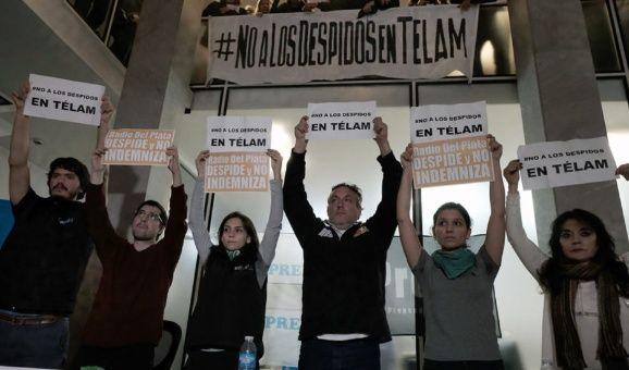 Trabajadores despedidos de Telam convocan marcha en Argentina