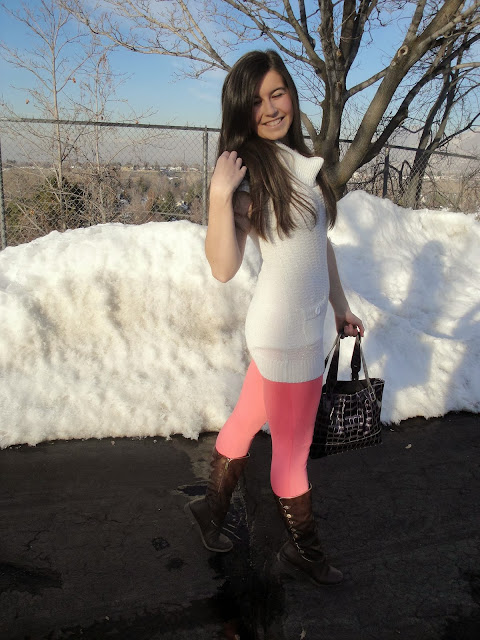 pink and white, pink leggings, white tunic, amiclubwear, makemechic, make me chic, handbag, boots, brown boots, pink pants, white top,