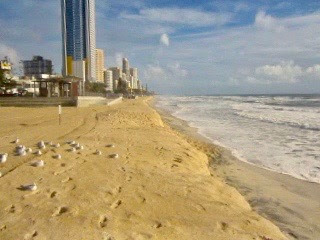 Once in 10 Year King Tides smash Surfers Paradise Beach
