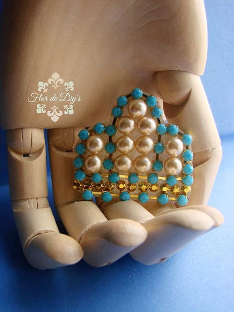 corona-decorativa-azul-flor-de-diys