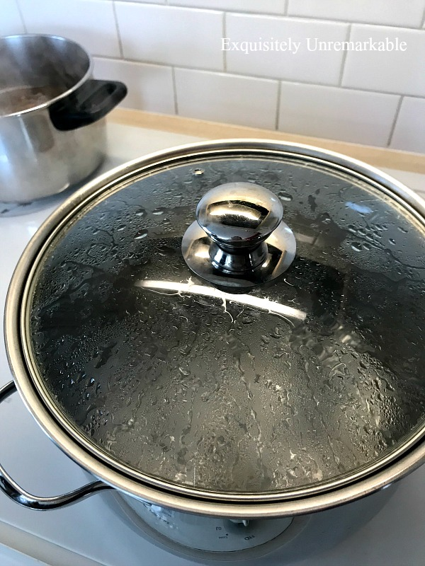 Put A Top On A Boiling Pot