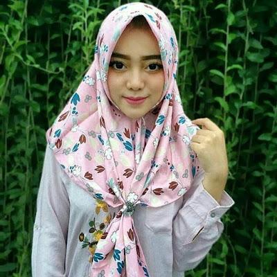 40+ Hijab Modern Style Simple 2017 Kekinian