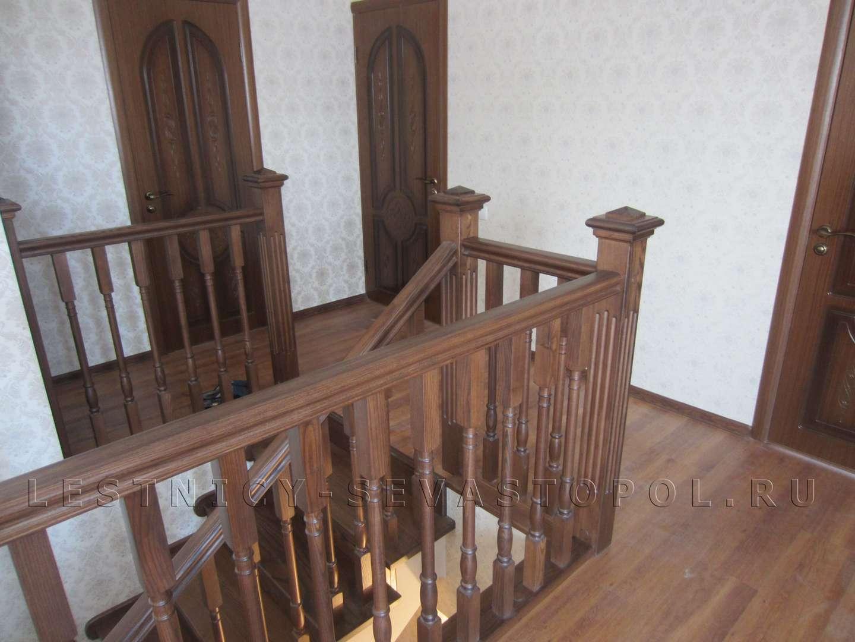 Деревянные лестницы на второй фото цена