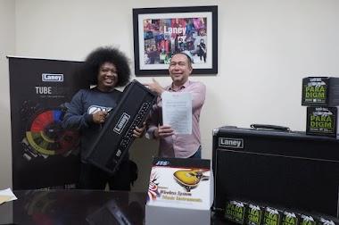 Puguh Kribo diperpanjang kontraknya 2018-2021 oleh official Laney Amps Indonesia