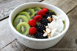 green smoothie bowl recipe with kale
