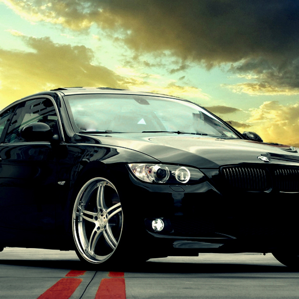 Bmw Wallpapers And Backgrounds: FREE HD IPad Wallpapers: Bmw 335i