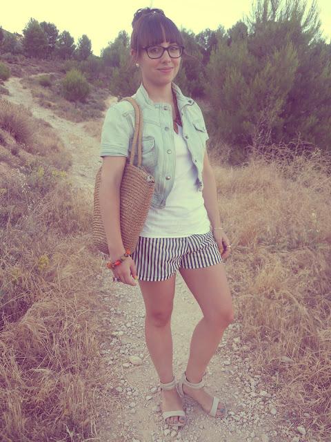 look_short_rayas