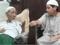 Demi Bertemu Mbah Maemon Zubair, Bocah ini Rela Datang Sendirian Dari Maroko