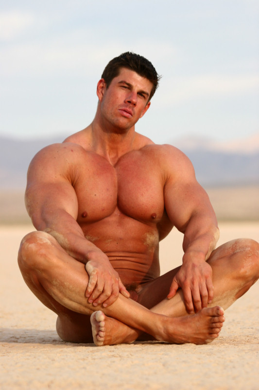 Zeb Atlas Gay 2