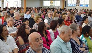 Fieis reunidos celebram os 125 anos de Teresópolis em missa na Matriz de Santo Antonio