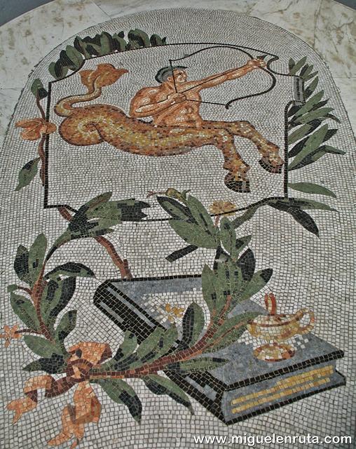 Galería-Umberto-I-mosaico