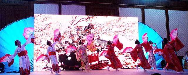 japan dancing
