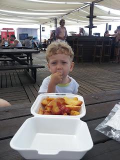 yemek yerken, Kilyos Burc Beach