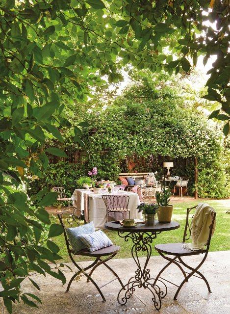 muebles jardin de hierro para la sombra