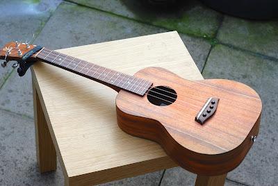 Kanile'a K1 Tenor ukulele