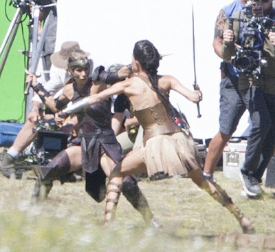 Set Wonder Woman a Matera