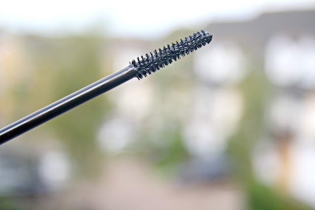 Mii Feature Length Lash Lover Mascara
