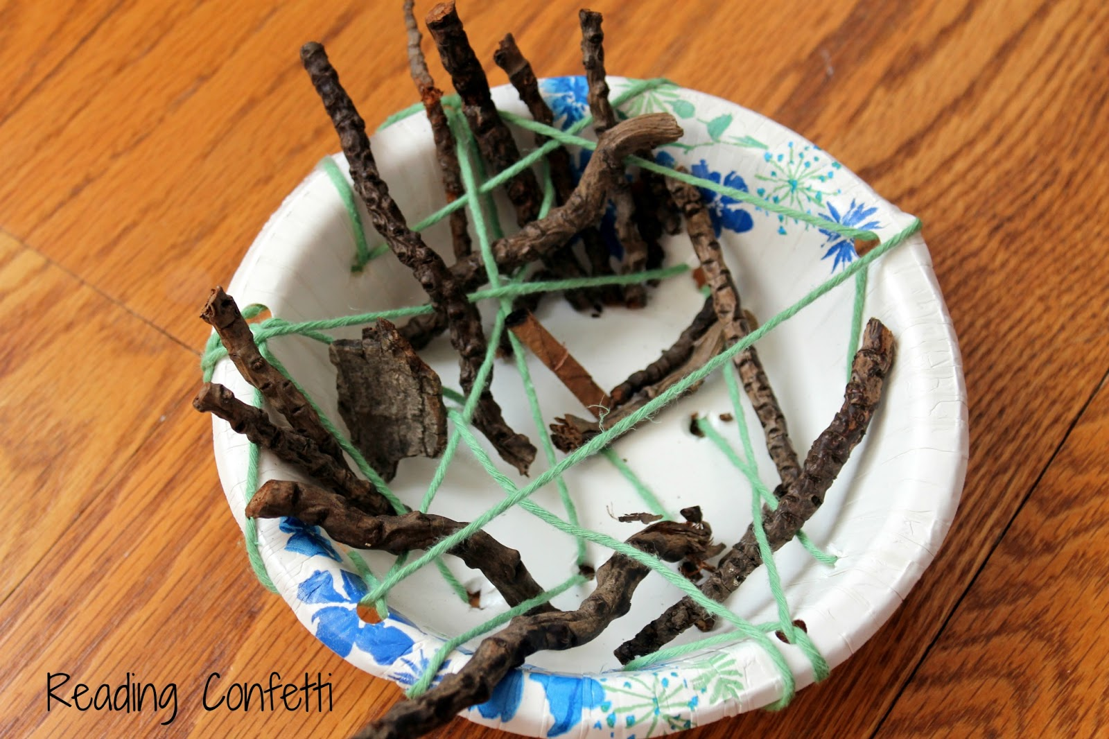 Weaving A Bird S Nest Preschool Craft Reading Confetti