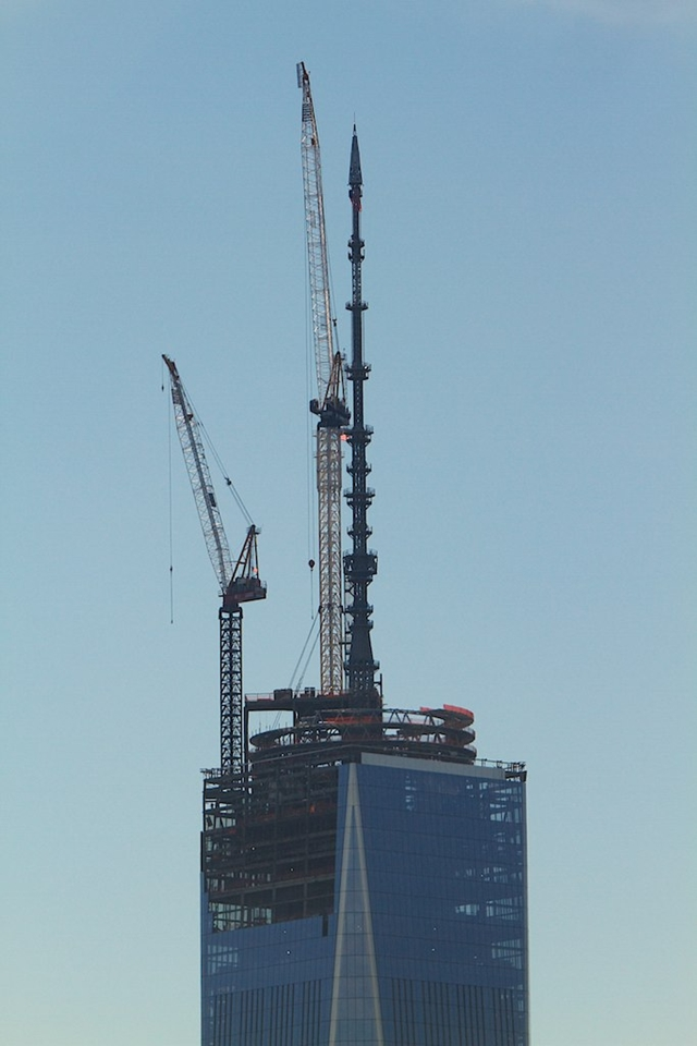 One World Trade Center topped out