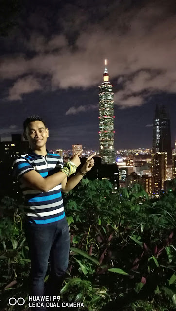Me and taipei 101 is almost the same in height