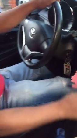 A Perverted Taxi Driver Was Caught On Cam Touching A Female Passenger's Legs! She Even Forced Her To Kiss Him!