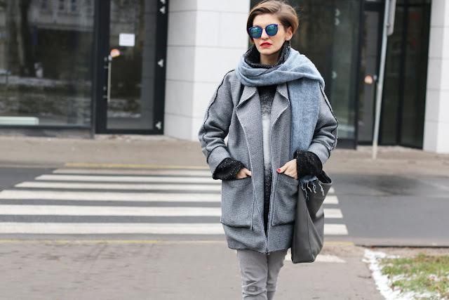 płaszcz, wiosenny płaszcz, wiosenne, pastel, stylistka, stylizacje, stylistka poznań, warstwowo, blogerka, codzienna stylizacja