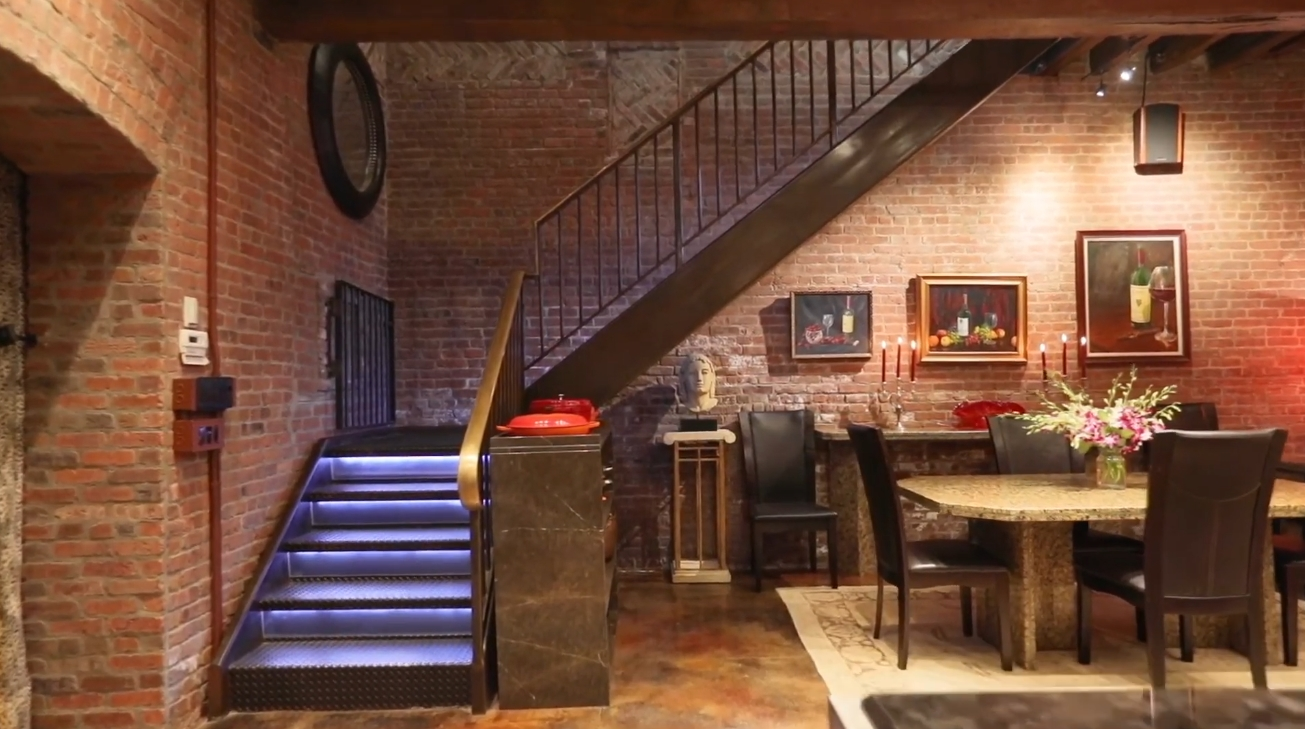 Interior Design Tour vs. Amazing Jersey City Home Loft Redone to the Highest Quality