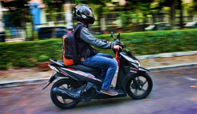 Tips Menghindari Kecelakaan bagi Pengendara Motor
