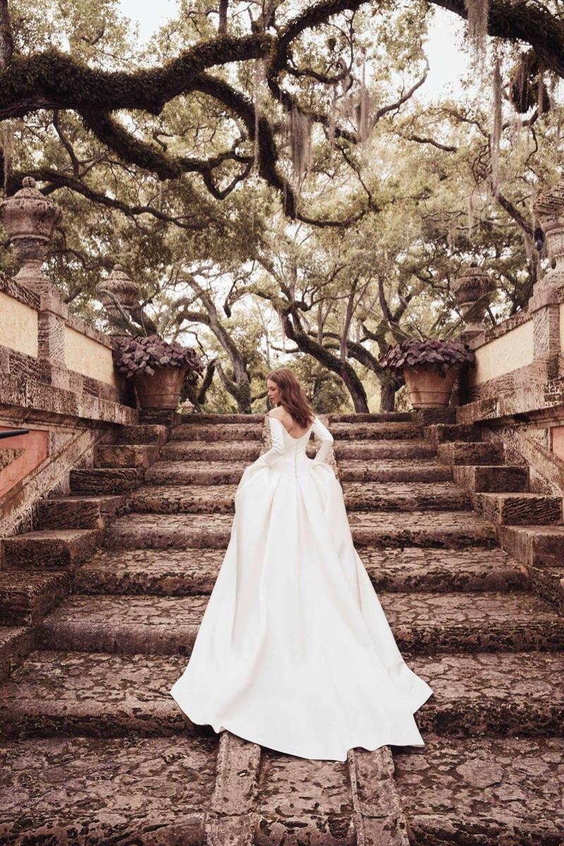Monique Lhuillier Bridal Spring/Summer 2020 Lookbook