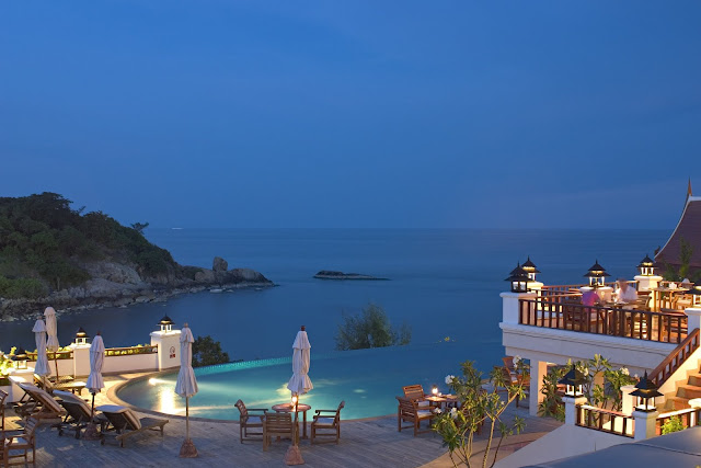 hoteles con encanto y piscina con vistas al mar. Reformas Valencia