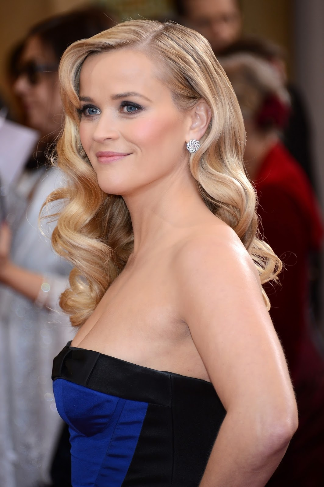 Reese Witherspoon Sexy And Hot HD Wallpapers - All HD