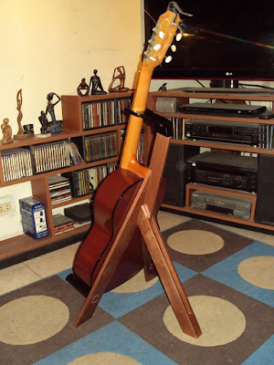 Porta guitarras DIY de madera