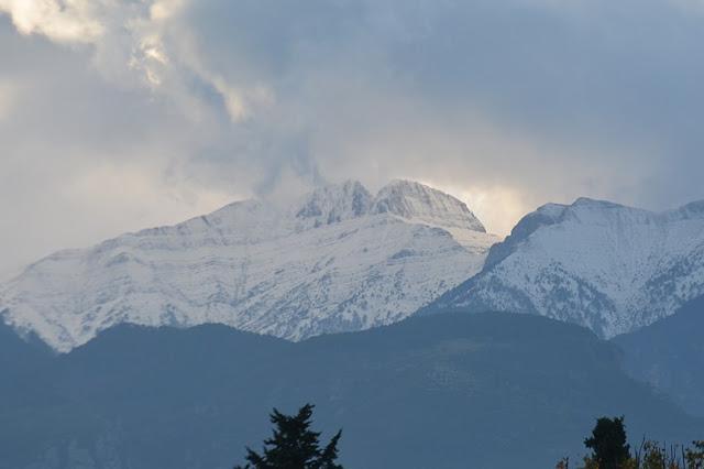 Χιόνισε στον Όλυμπο  - Αγνοείται ορειβάτης
