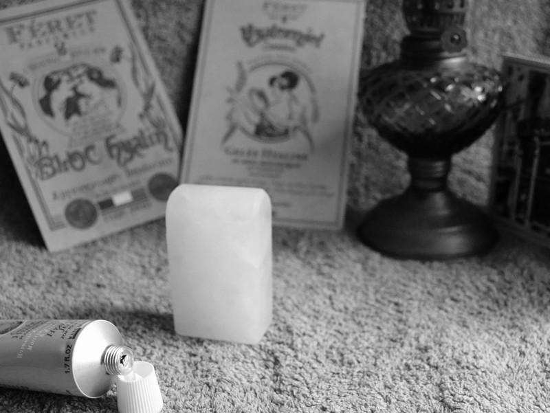 Féret Parfumeur , Bloc Hyalin, pierre d'alun