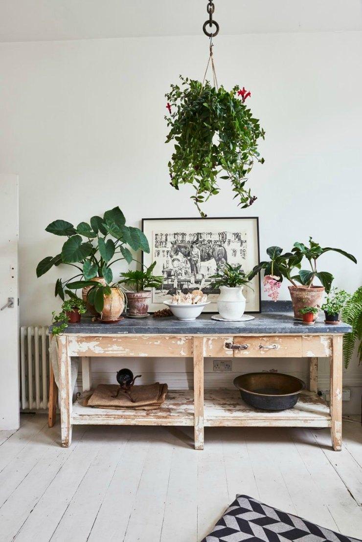 Una casa con jard n en londres la bici azul blog de for Muebles para plantas