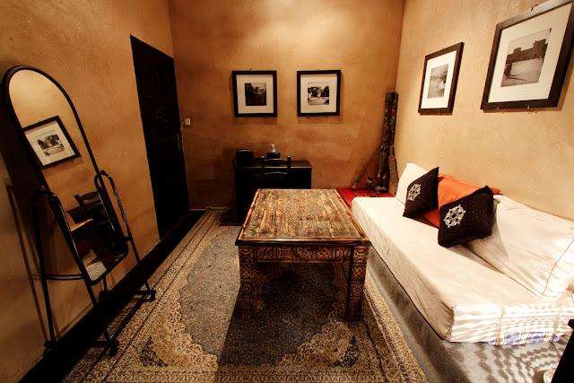Salón de la habitación del riad Ksar Aylan