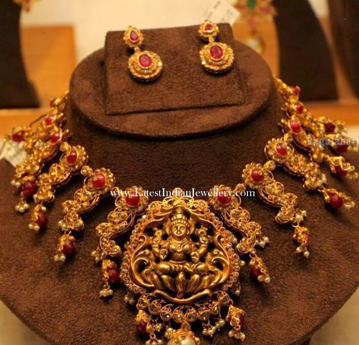 Uncut Nakshi Work Temple Necklace
