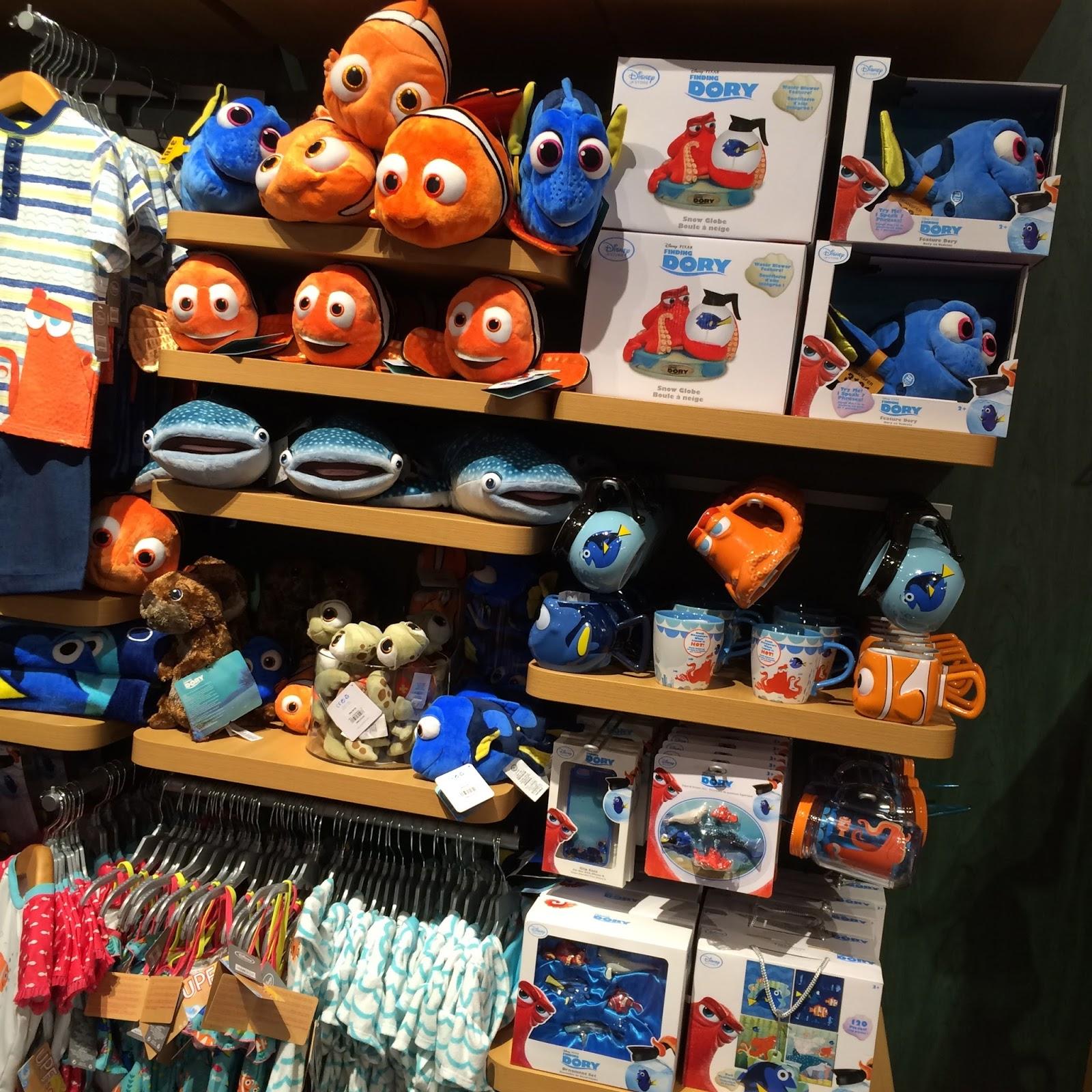 Disney Store Toys : Dan the pixar fan events disney store finding dory merch