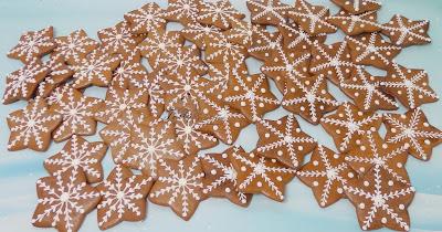 pierniczki zimowe gwiazdki