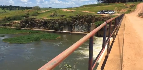 Idoso de 78 anos morre afogado após cair de 8 metros de ponte em Boa Esperança, MG - Foto: Tv Boa Esperança