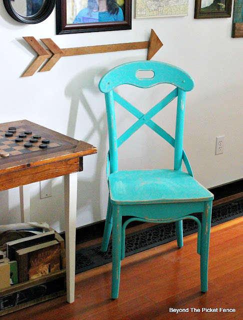 fusion mineral paint, turquoise, thrift store find, chair, farmhouse, https://goo.gl/Jlx9EA