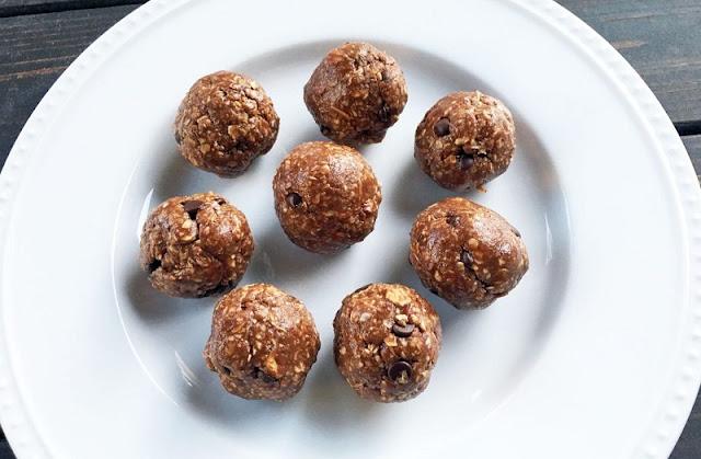 healthy breakfast places near me, cauliflower tikka masala, chocolate peanut butter protein energy balls