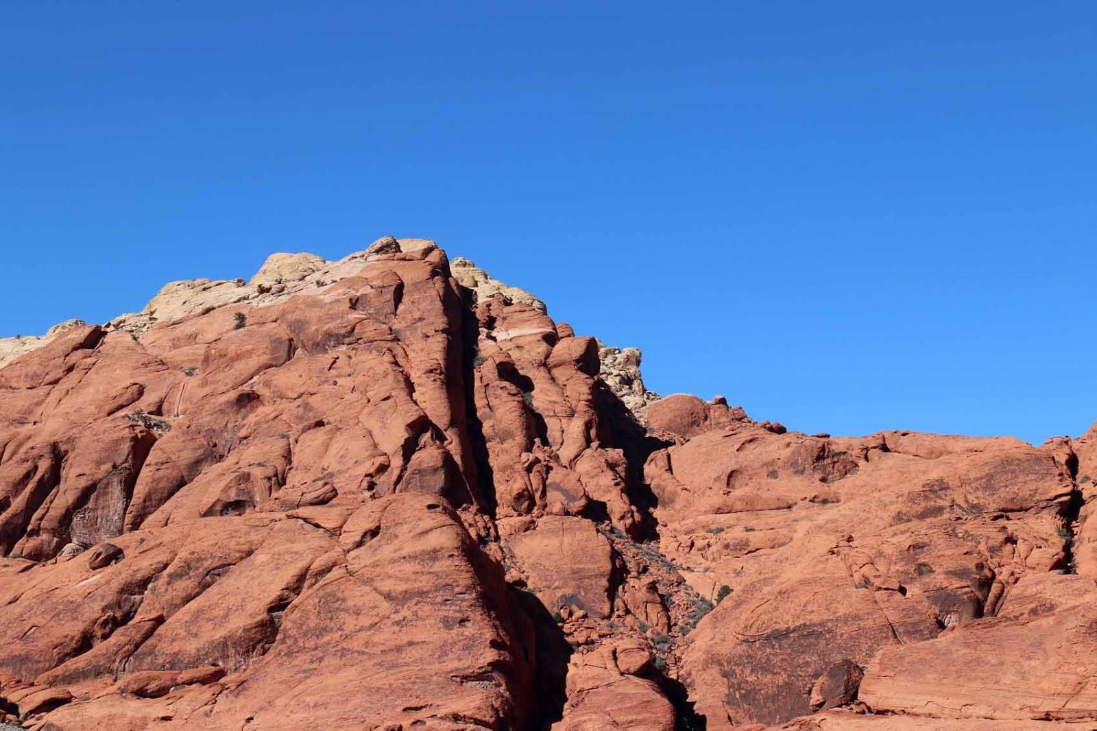 Punaisia kallioita