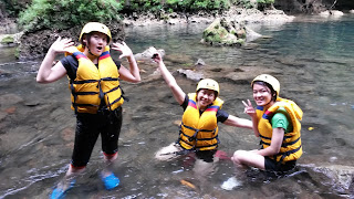 amazing adventure body rafting green canyon