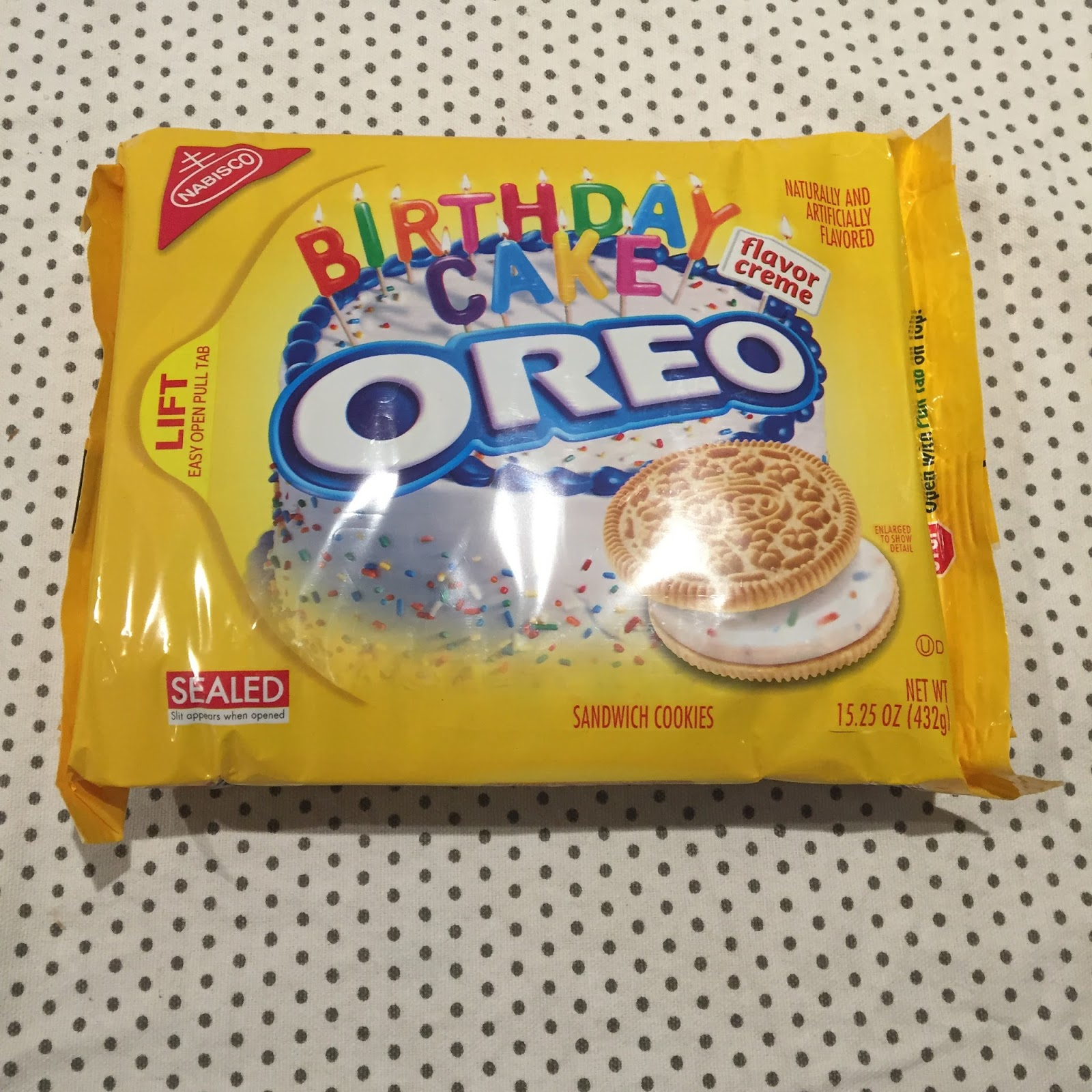 Archived Reviews From Amy Seeks New Treats Birthday Cake Oreos