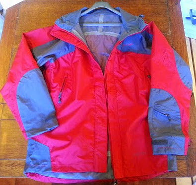 Trespass Rain Jacket Review - Kangchen Ladies Waterproof and Windproof  Jacket
