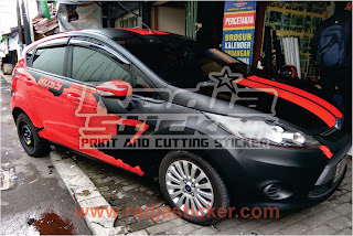Wrapping Stiker Mobil Ford
