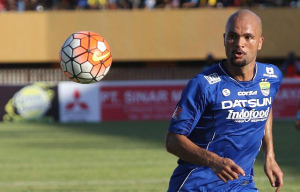 Sukses Kalahkan Persipura, Van Dijk Yakin Persib Jadi Juara Liga 1