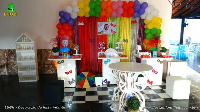 Decoração provençal - Mesa de festa de aniversário feminino tema Carnaval